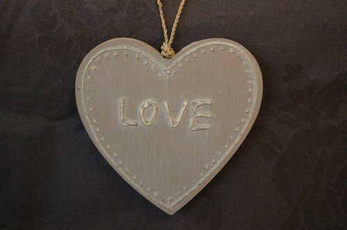"Hanger ""Love"" Taupe"